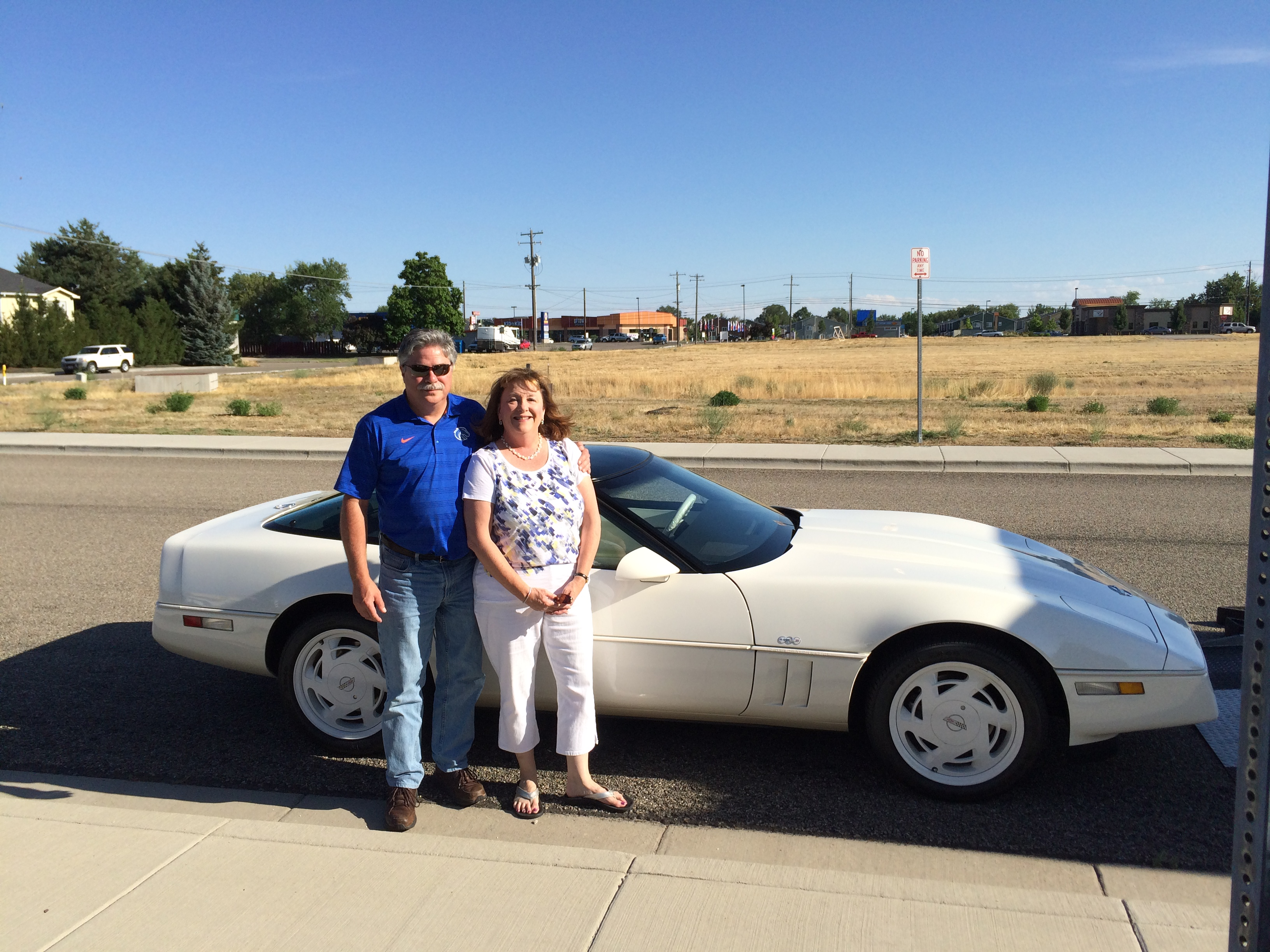 Rick and Deb Seymour 35th Anniversary Corvette