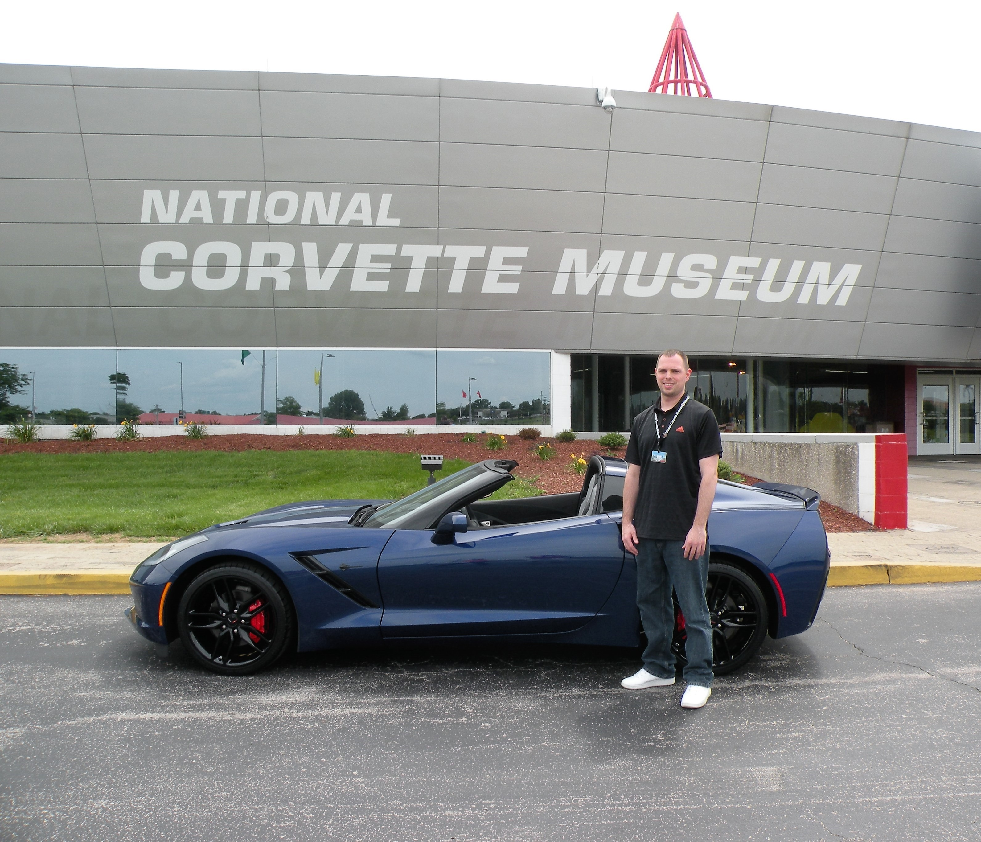 First 2016 Admiral Blue Corvette Delivered – National Corvette Museum
