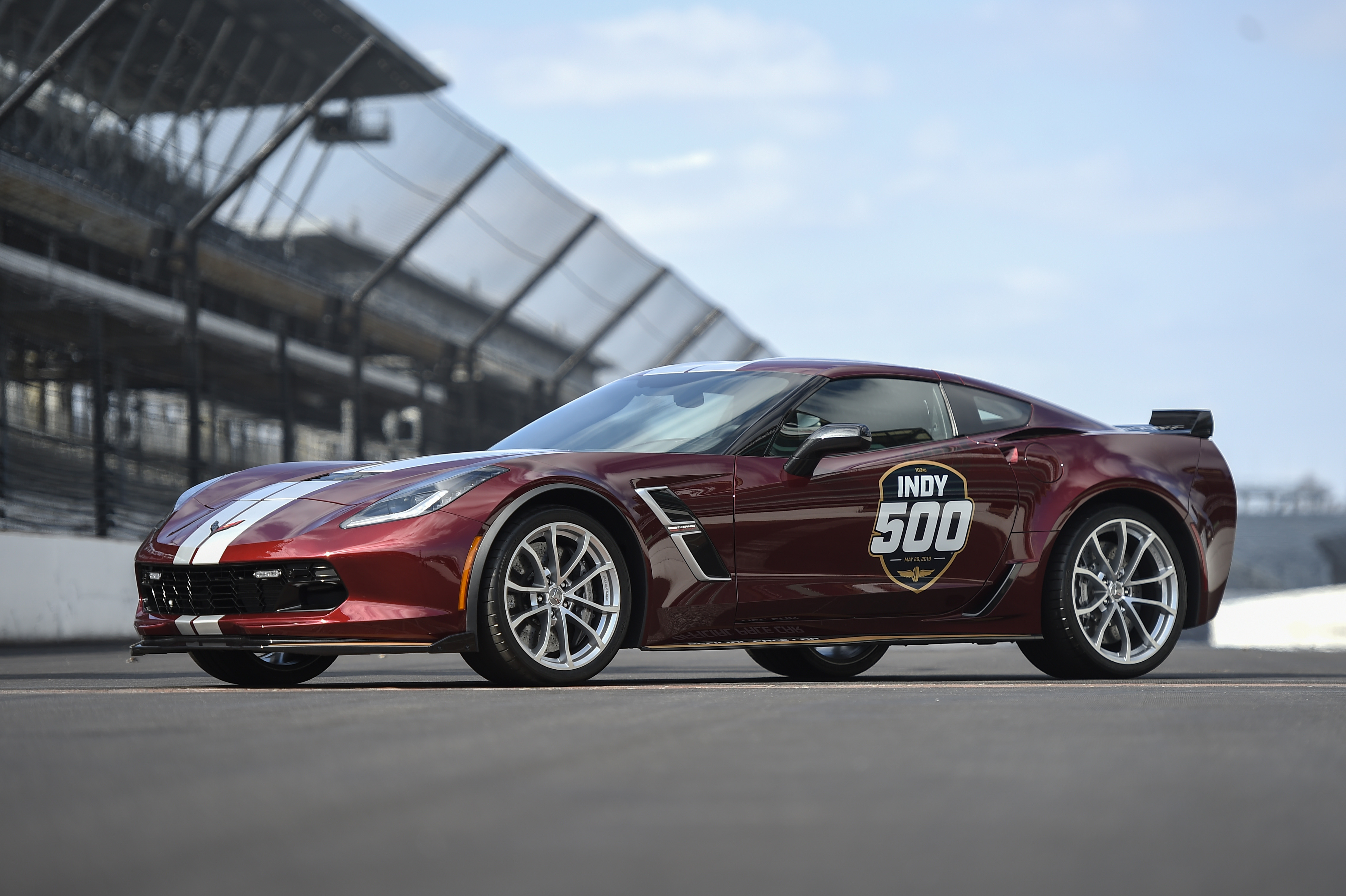 Indy 500 Pace Car 2019 Corvette Grand Sport
